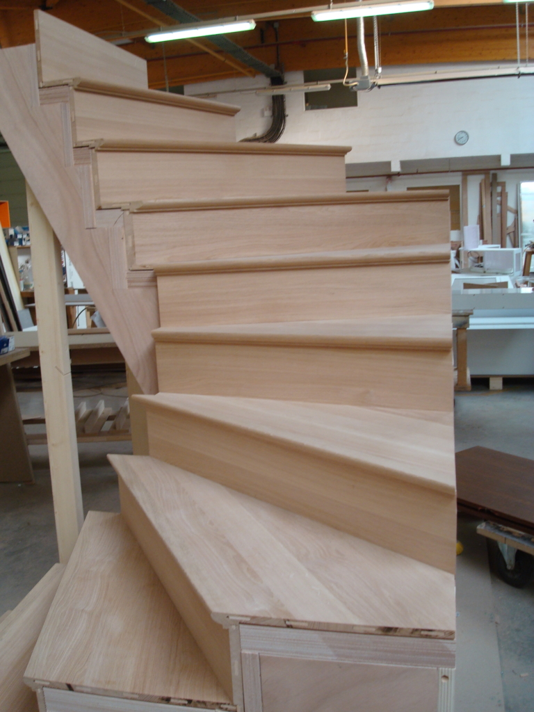 Escalier bois clair